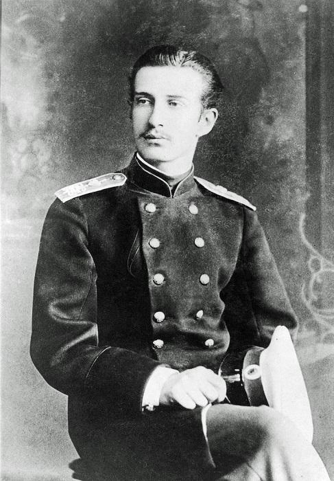 Николай Константинович был не худшим представителем своей семьи, но ограбить родных не постеснялся.